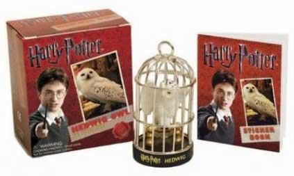 Kit: Harry Potter - Hedwig Owl Kit and Sticker Book