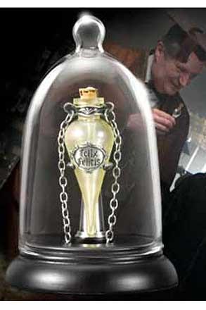 Felix Felicis Pendant and Display (Liquid Luck)