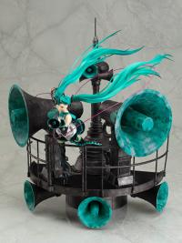 Character Vocal Series 01 Hatsune Miku Love is War Ver. DX