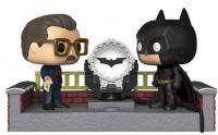 Batman with Light Up Bat Signal Pop! Vinyl Figure