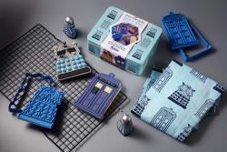 Dalek & Tardis Cookie Cutter & Apron Tin Set