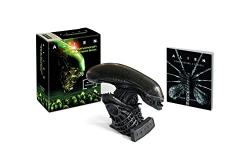 Aliens Hissing Xenomorph with Sound and Book Kit