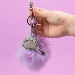Pusheen Pom Pom Charger